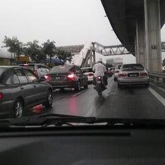 Photo taken at New Pantai Expressway (Lebuhraya NPE) by Syaza on 10/18/2012