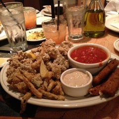 Photo taken at Carrabba's Italian Grill by Ty P. on 11/3/2012
