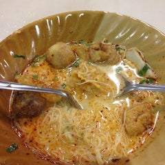 Photo taken at โรงอาหารอาคารมหิตลาธิเบศร (Mahit. Bldg. Canteen) by Fark_Fa on 10/14/2015