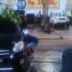 Photo taken at CM 99 Carwash by ARIEF W. on 9/13/2014