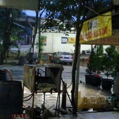 Photo taken at CM 99 Carwash by ARIEF W. on 3/25/2013
