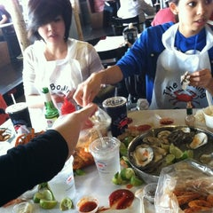 Photo taken at The Boiling Crab by Lin-duhh!! . on 10/7/2012