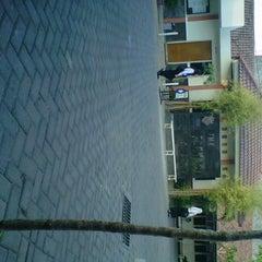 Photo taken at SMK Farmasi Surabaya by Inayah B. on 9/28/2012
