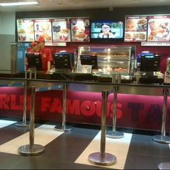 Photo taken at KFC / KFC Coffee by Putra A. on 9/20/2012