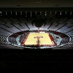 Photo taken at Lloyd Noble Center by Mike on 1/19/2013