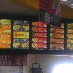 Photo taken at Del Taco by Steven B. on 9/30/2012