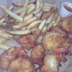 Photo taken at Joe's Crab Shack by Luis R. on 7/13/2013