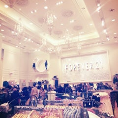 Photo taken at Forever 21 by Sana T. on 3/15/2013