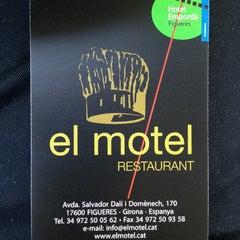Photo taken at Restaurant El Motel by David V. on 5/25/2013