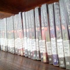 Photo taken at Badan Perpustakaan dan Arsip Provinsi Bali by Toma I. on 5/30/2013