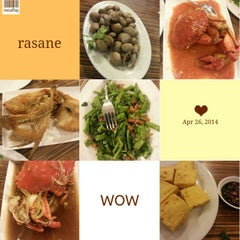 Photo taken at Rasane Seafood & Ikan Bakar by Mey Mey 陈. on 4/26/2014