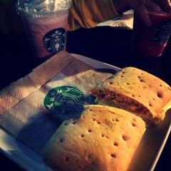 Photo taken at Starbucks by Memo B. on 4/23/2013