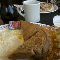 Photo taken at Waffle House by June R. on 10/15/2012