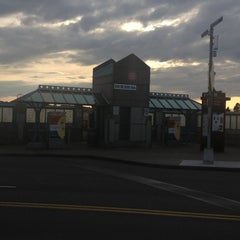 Photo taken at TriMet NE 60th Ave MAX Station by Tim T. on 3/29/2013