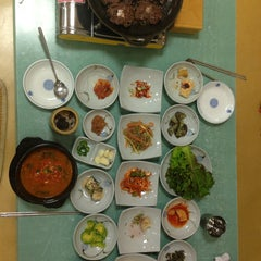 Photo taken at 덕인갈비 by James on 8/7/2013