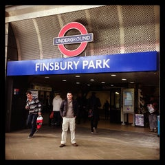 Photo taken at Finsbury Park Railway Station (FPK) by Alias A. on 3/30/2013