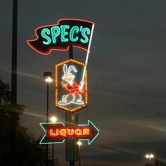 Photo taken at Spec's Wines, Spirits & Finer Foods by Soleil W. on 3/31/2013