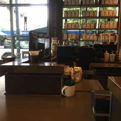 Photo taken at Starbucks by Beverly M. on 9/16/2015