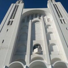 Photo taken at Église Du Sacré-Cœur by Hamza B. on 7/28/2013
