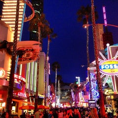 Photo taken at Universal CityWalk by Andreas A. on 4/4/2013