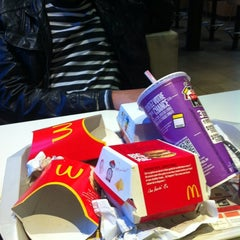 Photo taken at McDonald's by Cesar E B. on 10/25/2012