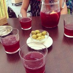 Photo taken at Bar La Plateria by Cihangir U. on 8/26/2015