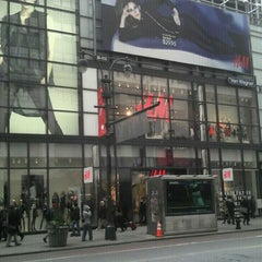 Photo taken at H&M by Carlos E. on 11/15/2012