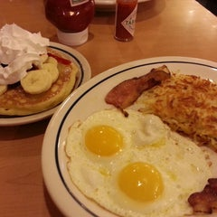 Photo taken at IHOP by Nerdy D. on 3/10/2013