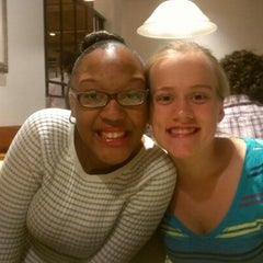 Photo taken at Olive Garden by David P. on 9/16/2012