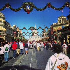Photo taken at Main Street, U.S.A. by Gazolla on 12/22/2012