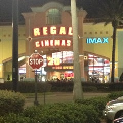 Photo taken at Regal Cinemas Waterford Lakes 20 IMAX by Miss Nellom on 10/21/2012
