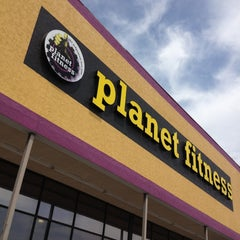 Photo taken at Planet Fitness by Martha Gail M. on 4/15/2013