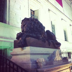 Photo taken at Corcoran Gallery of Art by Publio M. on 10/4/2012