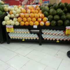 Photo taken at Carrefour by Ivonete B. on 4/17/2013