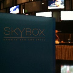 Photo taken at Skybox Sports Bar & Grill by Tedd H. on 10/22/2012