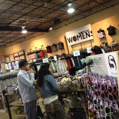 Photo taken at Urban Outfitters by Suli C. on 4/14/2013