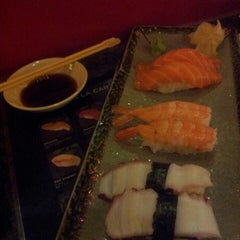 Photo taken at Sozo Sushi by Tom N. on 7/19/2014