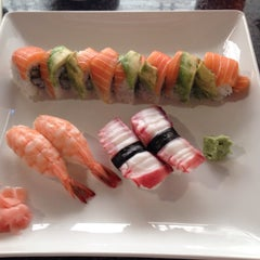 Photo taken at Sozo Sushi by Tom N. on 9/30/2014