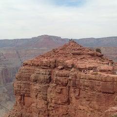 Foto tirada no(a) The Grand Canyon por 🎌 em 3/27/2013