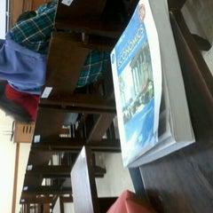 Photo taken at Fakultas Ekonomika dan Bisnis by Eka R. on 9/25/2012
