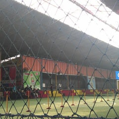 Photo taken at Hanggar Futsal by Al G. on 3/2/2014