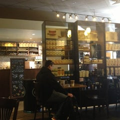Photo taken at Starbucks by Yuliya S. on 10/20/2012