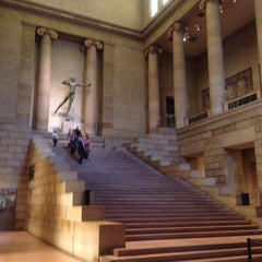 Photo taken at Philadelphia Museum of Art by Yunjing L. on 10/27/2012
