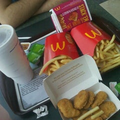 Photo taken at McDonald's by Maranda G. on 9/16/2012