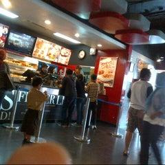 Photo taken at KFC by Uning Z. on 11/27/2013