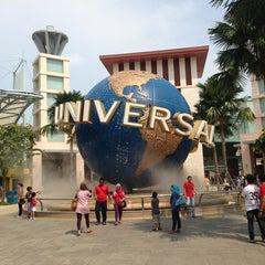 Photo taken at Universal Studios Singapore by Александр К. on 3/31/2013