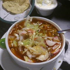 Photo taken at Pozole y Tacos Regios by Rafael G. on 9/19/2012