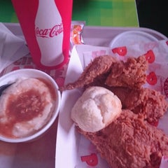 Photo taken at Popeyes by Francisco H. on 8/8/2015