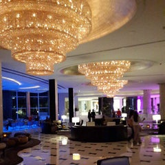 Photo taken at Fontainebleau Miami Beach by Thato S. on 6/7/2013