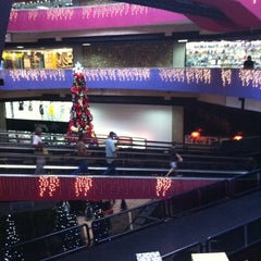 Photo taken at Centro Comercial Macaracuay Plaza by Adrian B. on 11/27/2012